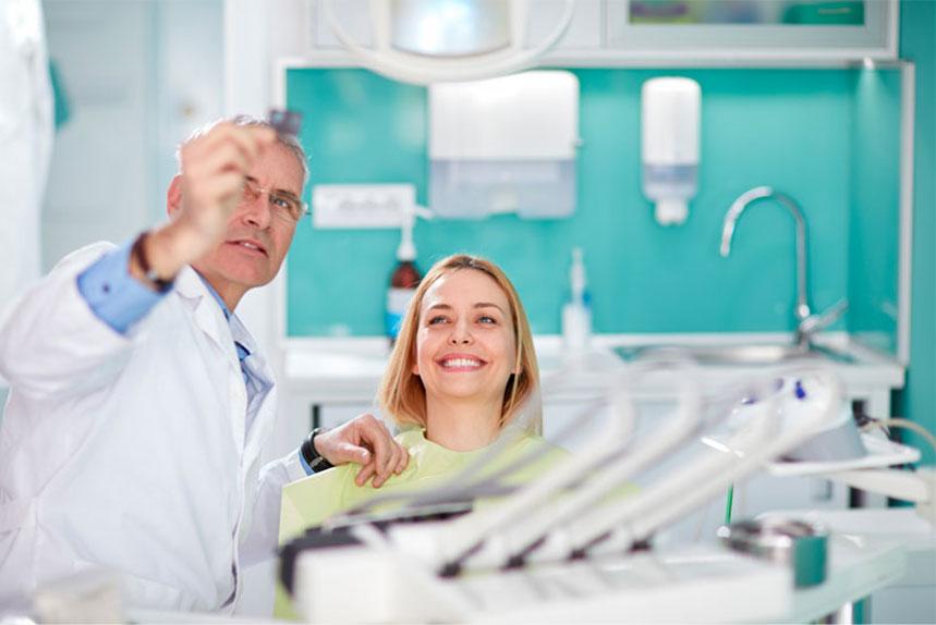 Dentist In Weyburn SK Performing Oral Surgery